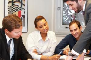 Le Groupe Élysées crée un nouveau leader de la formation linguistique et interculturelle